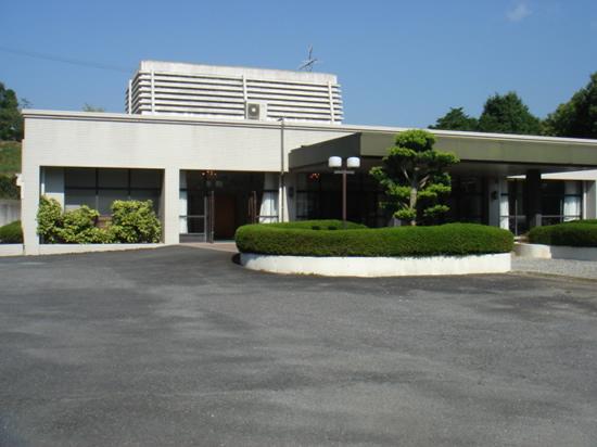大淀町営斎場の外観