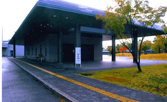大阪市瓜破斎場の外観