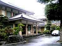 長安寺斎場外観